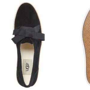 UGG | Carilyn Sneaker Black Suede Women'sSize 5.5